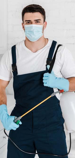 expert pest control technician